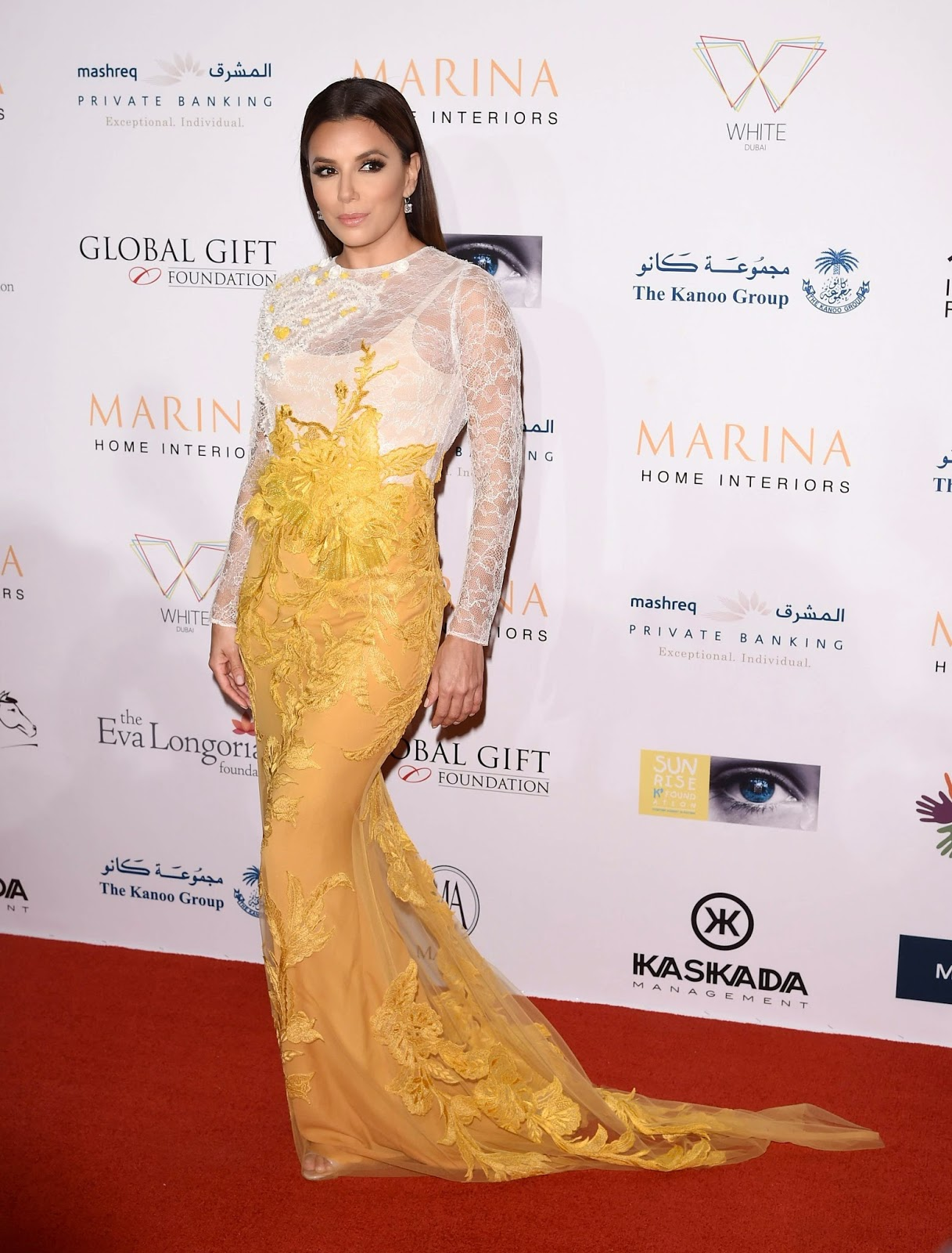 Eva Longoria in a lace gown at the 2014 Dubai International Film Festival