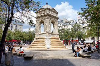 Paris : Fontaine des Innocents, destinée polymorphe d'une oeuvre de la Renaissance - Ier