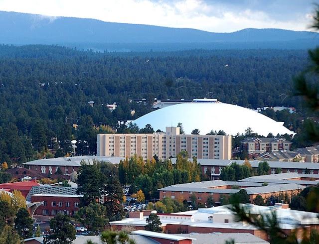 منح جامعة أريزونا الشمالية بأمريكا لدراسة البكالوريوس والماجستير