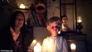 A investigação da misteriosa boneca assombrada