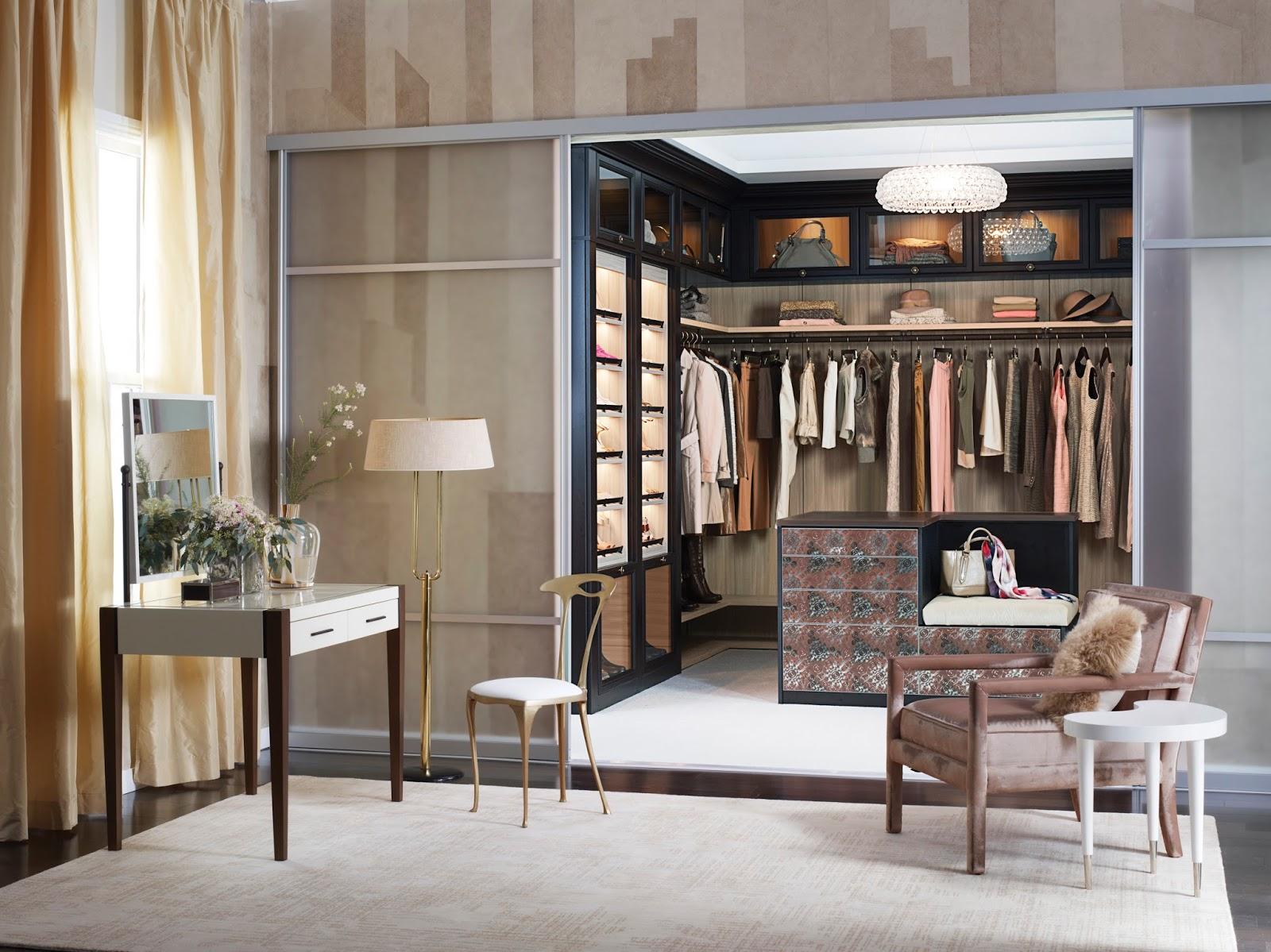 construindo minha casa clean closets pequenos e grandes com bancadas de make. Black Bedroom Furniture Sets. Home Design Ideas