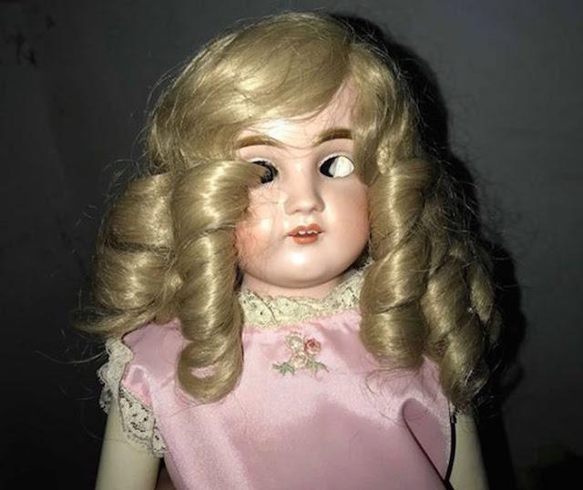 Boneka Janet