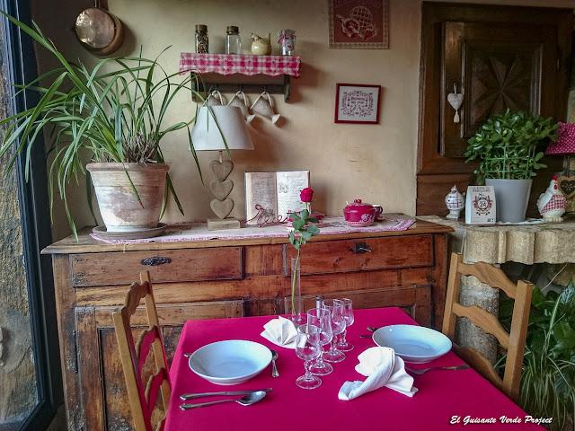 Interior del Moulinier Janine - Sergeac, Francia por El Guisante Verde Project