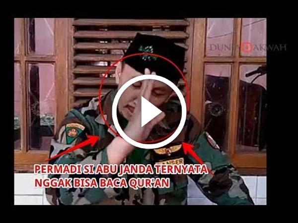 [VIDEO] Inilah Video Abu Janda Nggak Bisa Baca Potongan Ayat Al-Qur'an