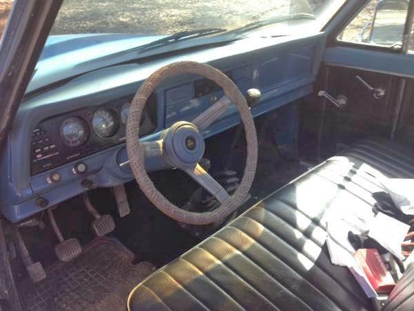 Jeep J Interior Cabin