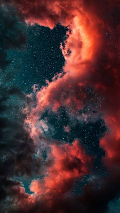 Bầu trời mây đỏ