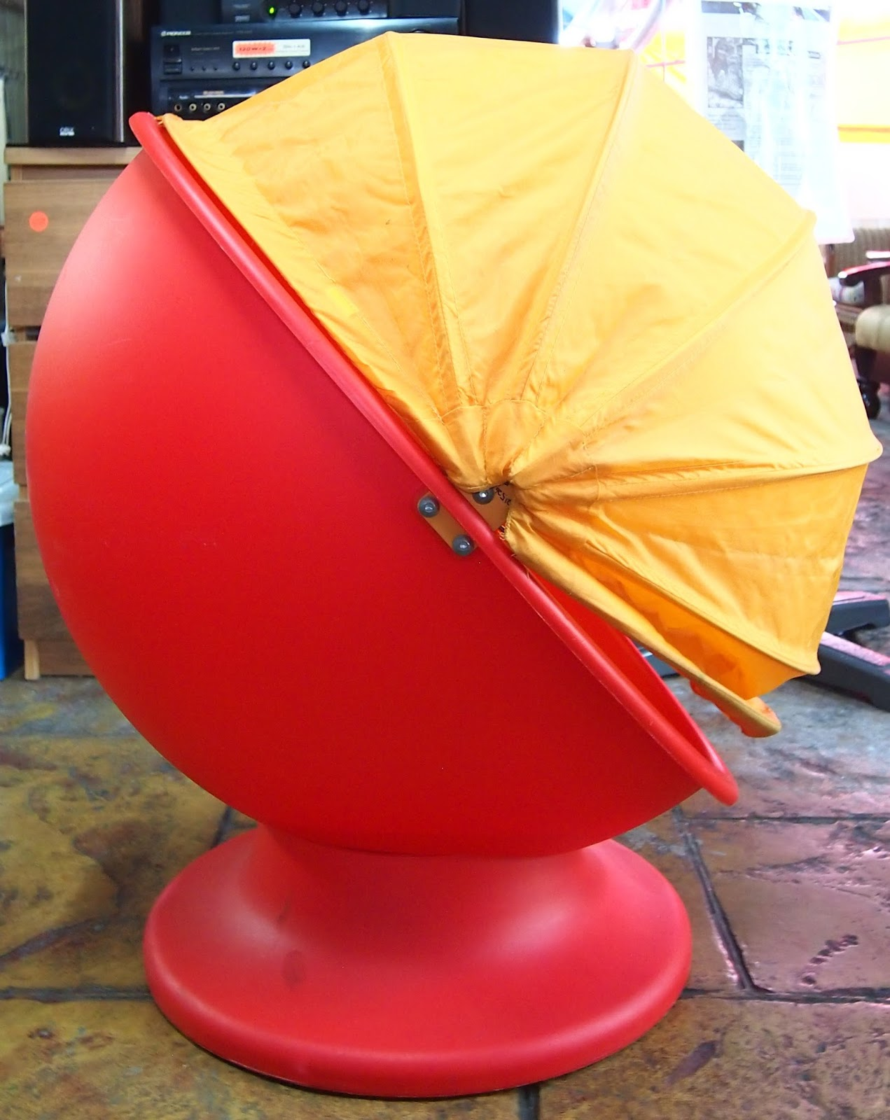 JuaiMurah: IKEA Kids Swivel Egg Chair