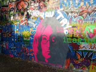 Джон Леннон в Праге