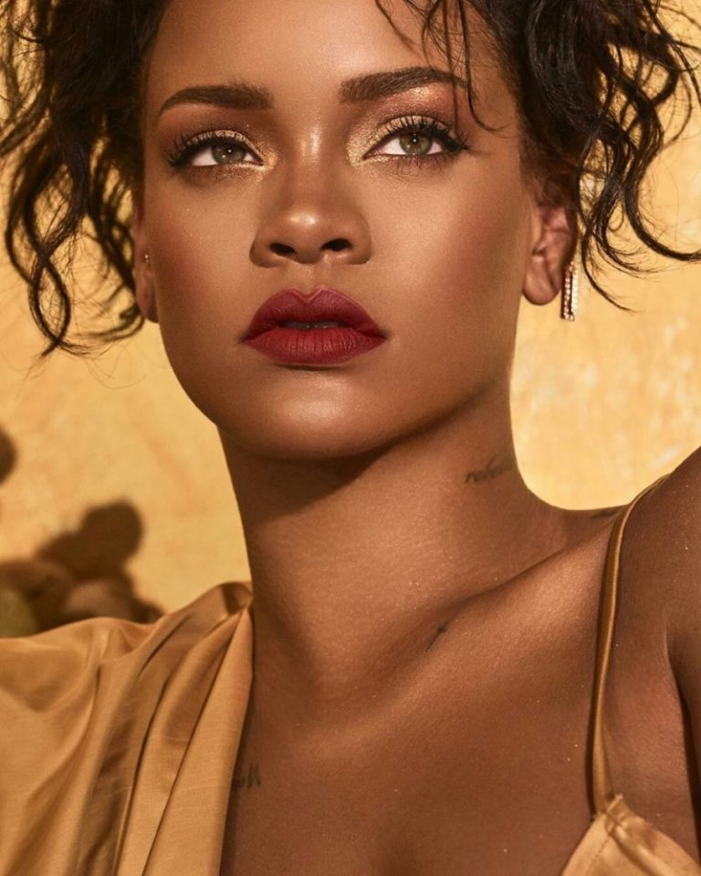 67bda7cfbb2c0 Rihanna teases and allures for the Fenty Beauty Moroccan Spice Palette  Campaign