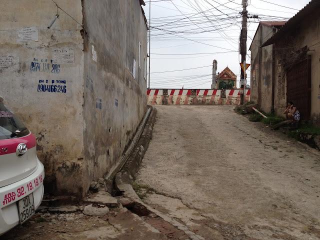 Chung cư giá rẻ Minh Đại Lộc 2: Vị trí tòa chung cư và đường vào