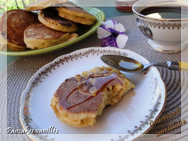 Pancakes vanillés à la farine de coco sans gluten
