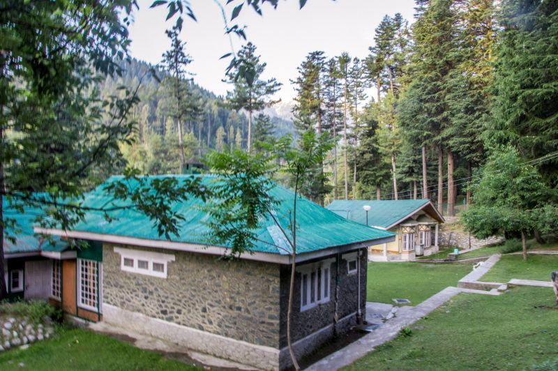 Guest House at Reshwari