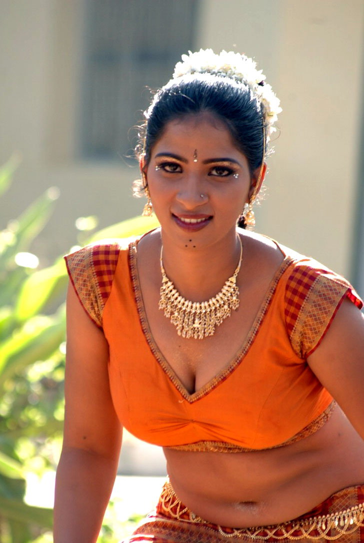 Indian Women Sexy Boobs