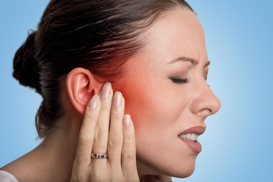 Como curar los ruidos de los oidos
