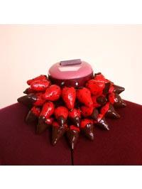 Delphine R2M/La Fille du Consul : Collier de fraises au chocolat