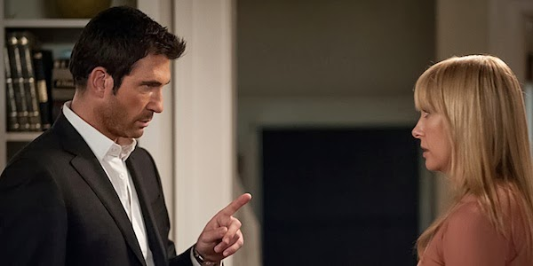 Hostages Dylan McDermott y Toni Collette