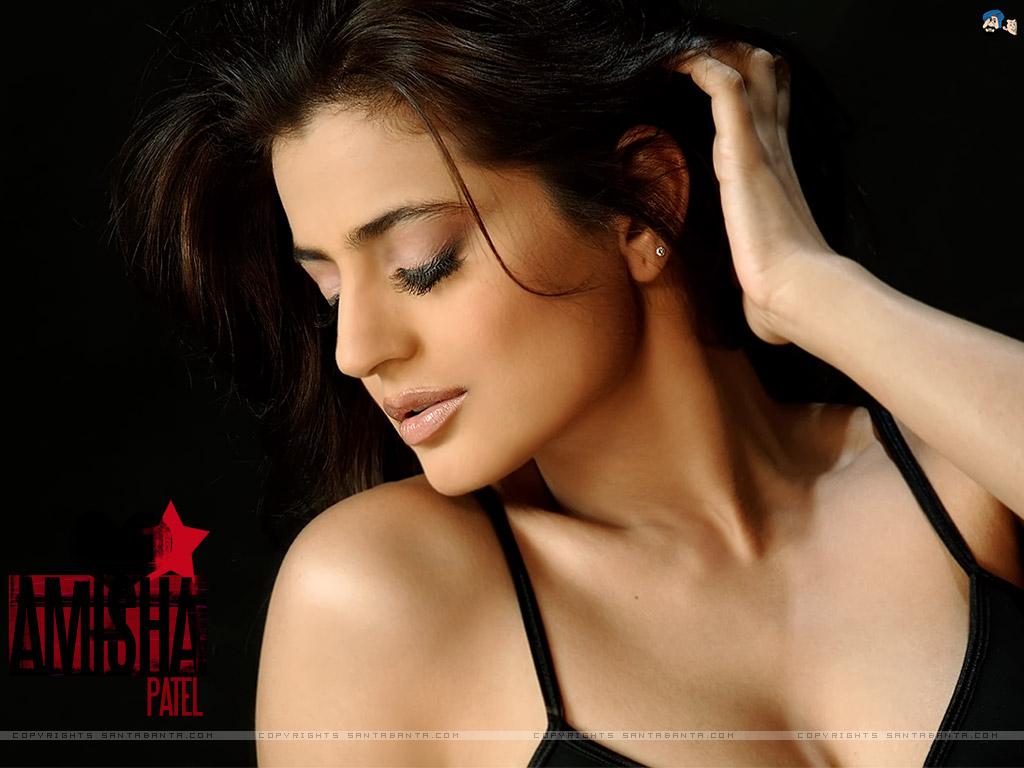 Amisha Patel Hot Boobs Pics bollywood hot actress: amisha patel