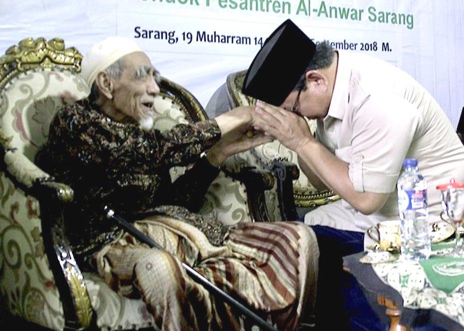 Prabowo Ungkap Pesan Sakral dari Mbah Moen kepada Dirinya