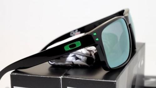 16af48e001320 sale oakley holbrook sunglasses motogp special edition 94b4f 6886c  new  zealand oakley holbrook motogp polarized lenses bf91a c6212