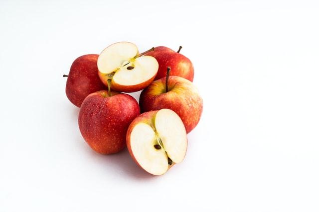 هل التفاح يرفع السكر في الدم