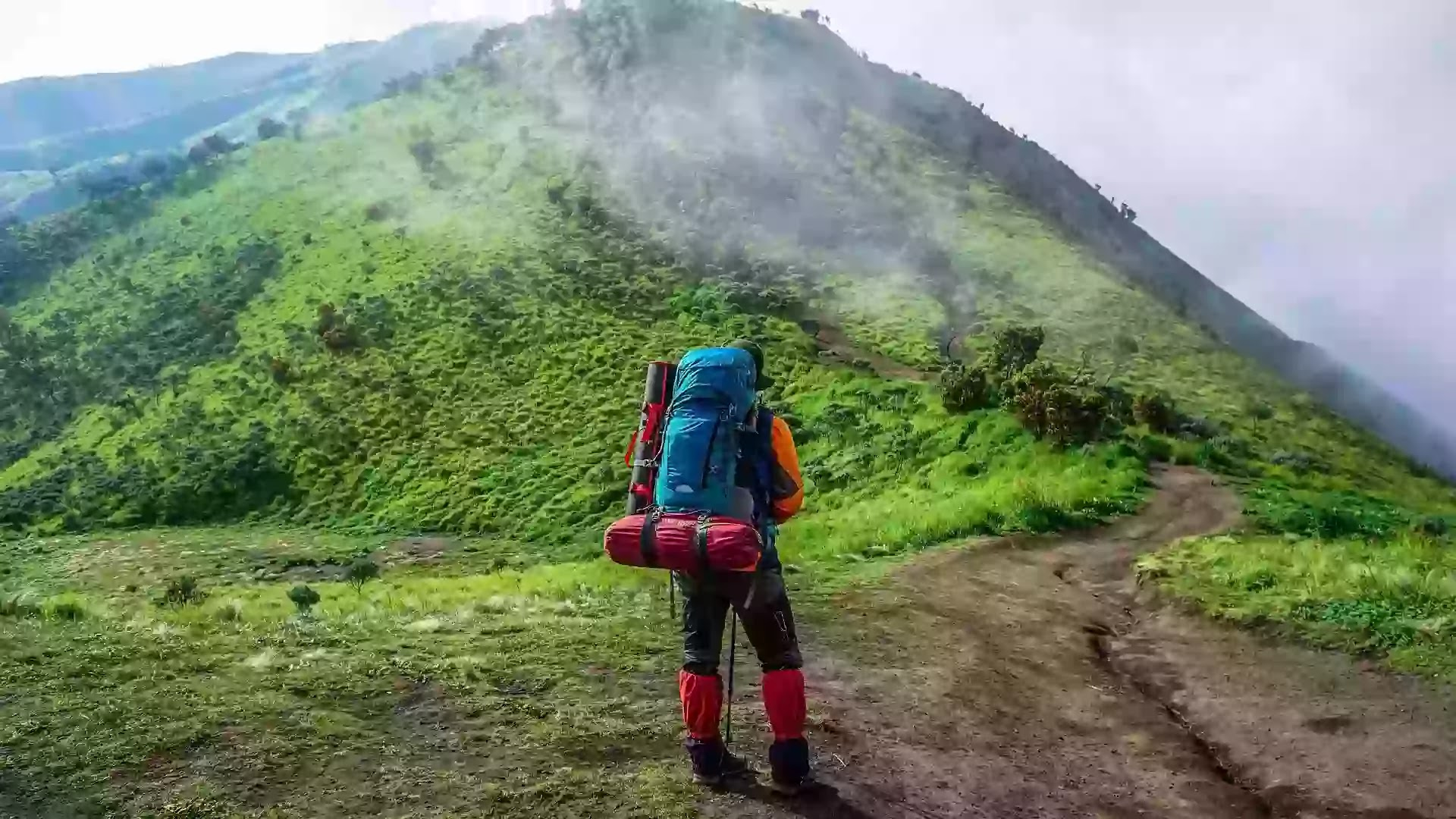 Pendaki Logistik - adventure-Gambar oleh riyan hidayat dari Pixabay