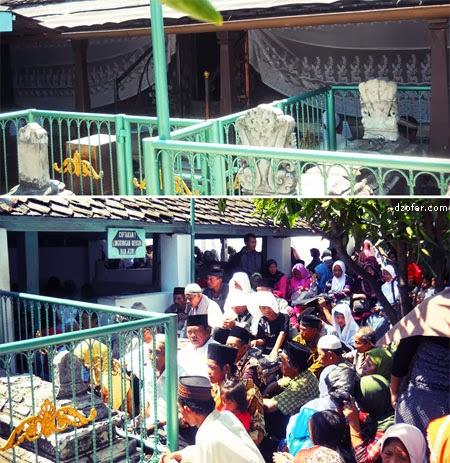 Makam Sunan Giri bagian dalam