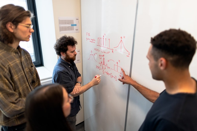 Ingin Memulai Startup yang Sukses? Wajib Kursus Data Science Dulu