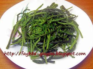 Οβριές βραστές σαλάτα - από «Τα φαγητά της γιαγιάς»
