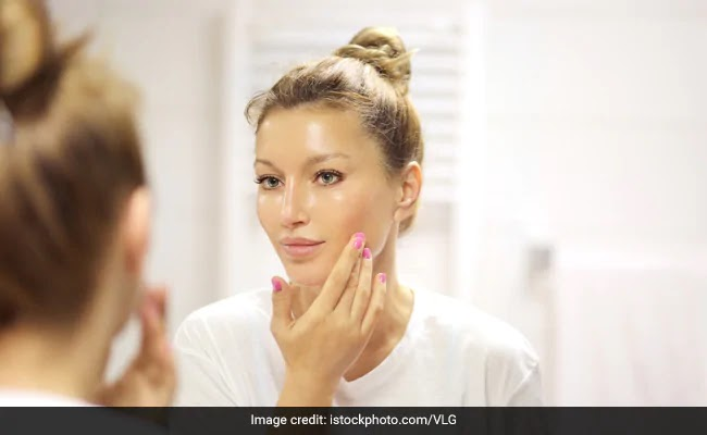 Oily Skin Care Tips at Home in Hindi