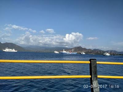 Pelabuhan Poto Tano