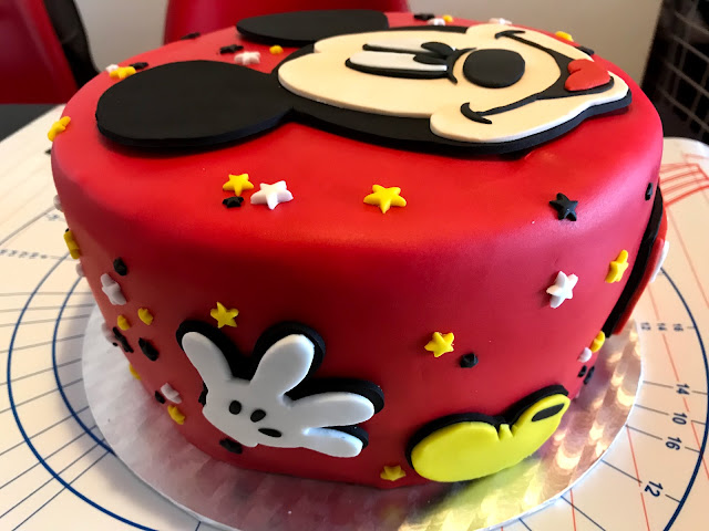 Pastel Fondant Mickey Mouse