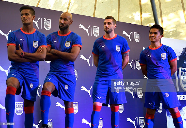 mumbai-city-fc-2017-2018-jersey-images-ISL