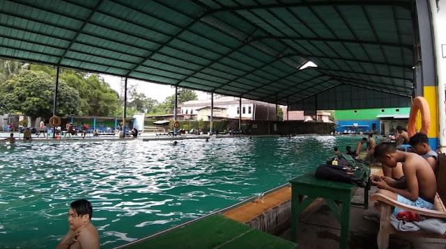 10 Gambar Kolam Renang di Jogja Dekat dengan Malioboro harga tiket masuk dan fasilitas