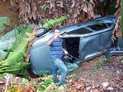 Ubatã - BA: Empresário sai ileso após veículo capotar na BR-330