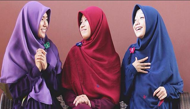 Wanita Diciptakan dengan Kemampuan Berbicara Lebih Banyak daripada Laki-Laki