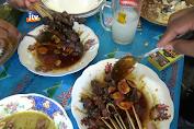 Menikmati Kuliner Legendaris Sate Dan Becek Menthok