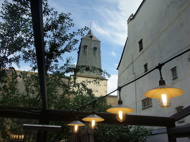 « Un autre point de vue sur le beffroi de l'église Saint-Germain ! »