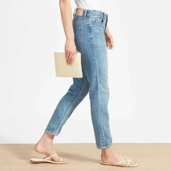 Single boyfriend jeans with 10 different crop tops