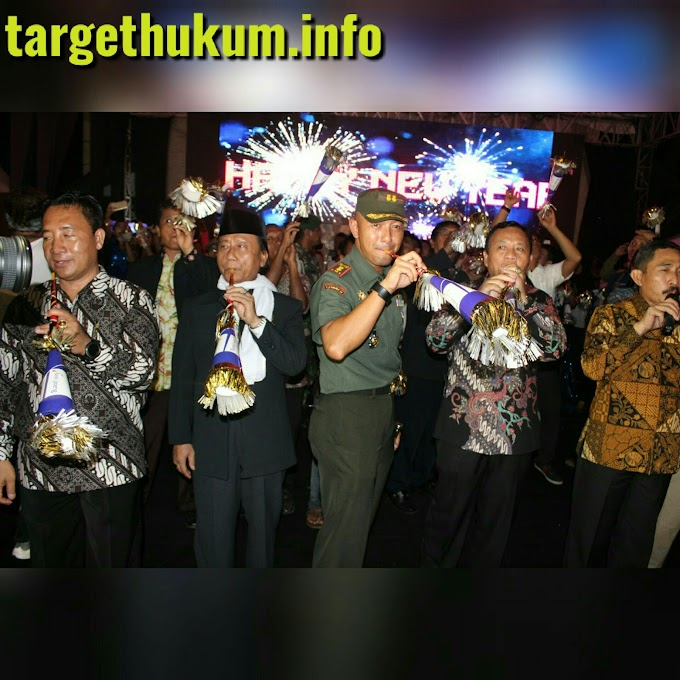Malam Tahun Baru 2018 Kabupaten Pati Dimeriahkan Artis Dangdut Ibukota Rizki & Ridho