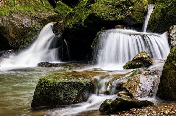 Kollabayalu waterfalls