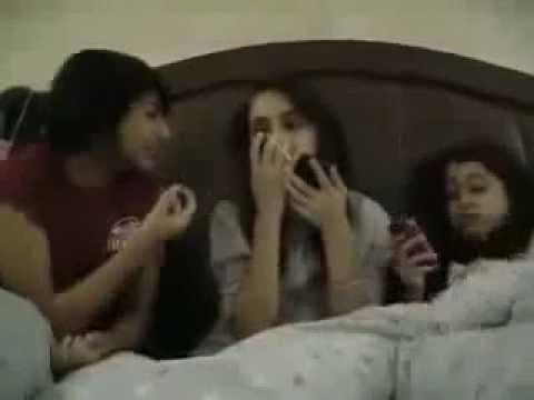 हर लड़की को रहता है रात में ऐसे मैसेज का बेसब्री से इंतजार - Ladki ki pasand ka SMS