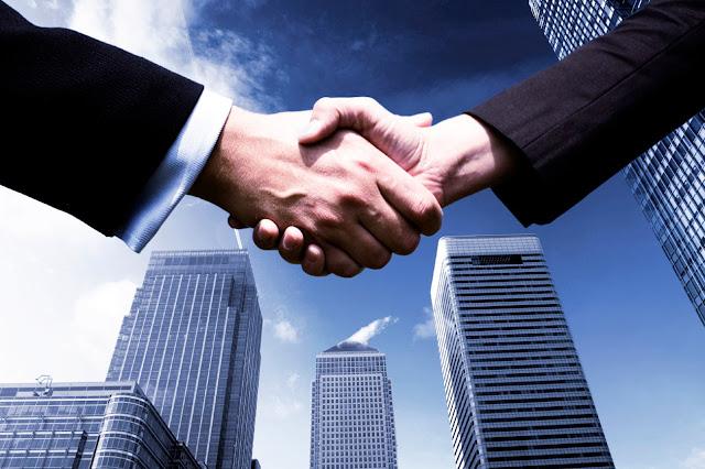 Empresa, centro de trabajo y Derecho laboral
