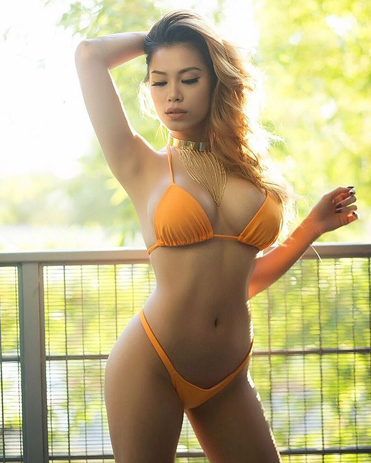sexy asian girls bikini pics gallery 04