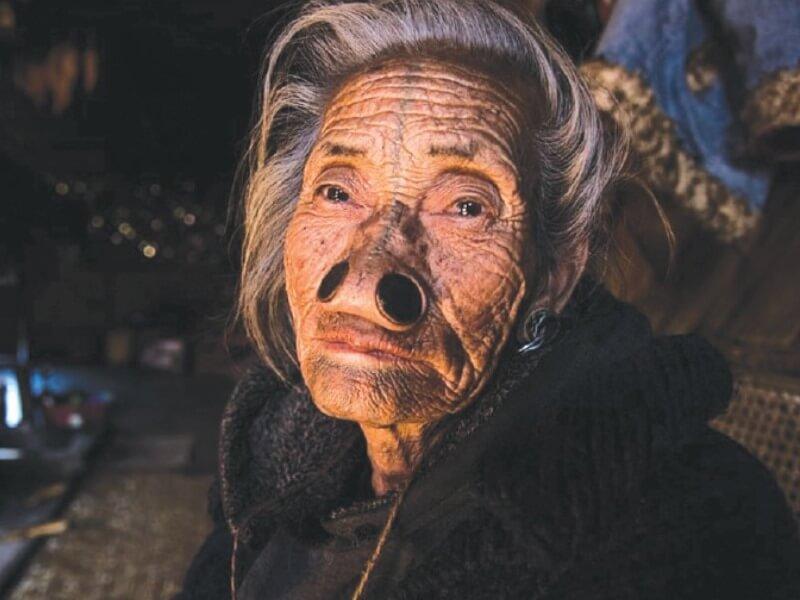 Suku Kaum Wanita Apatani