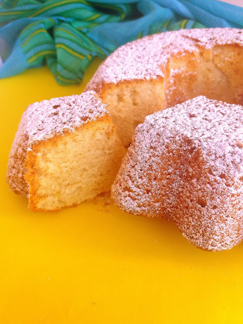 Babka waniliowo-cytrynowa / Vanilla Lemon Bundt Cake