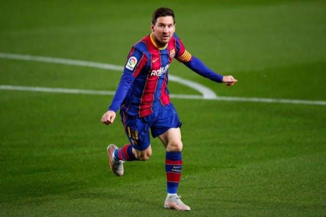 برشلونة يتقدم علي غرناطة في شوط المباراة الأول