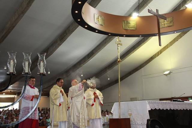 Bispos do RN recomendam suspensão de procissões e que idosos assistam missas de casa para evitar coronavírus