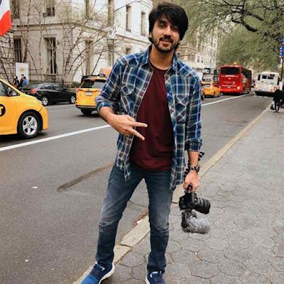 Mumbiker Nikhil Height
