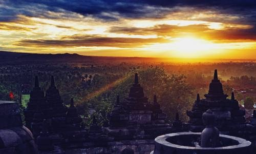 Foto, Berita dan Daftar Top 5 Destinasi Pariwisata Super Prioritas di Indonesia Terbaik - www.heru.my.id