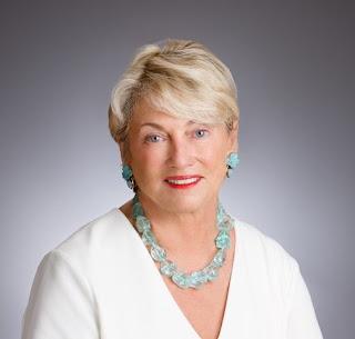 Patricia Hunt Holmes Author Photo